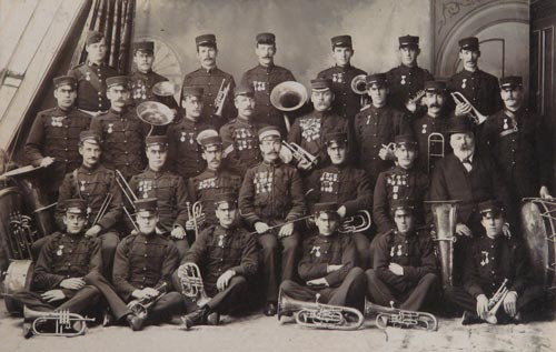 Mornington Brass Band 1908 photo.