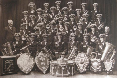 St Kilda Brass 1929 photo.